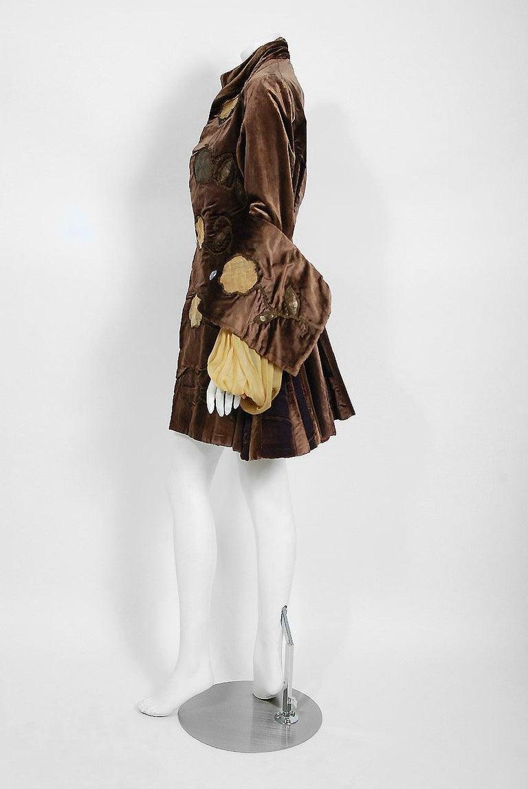 Black Antique 1910's Edwardian Brown Velvet & Gold Lamé Wide Cuff Theatrical Jacket  For Sale
