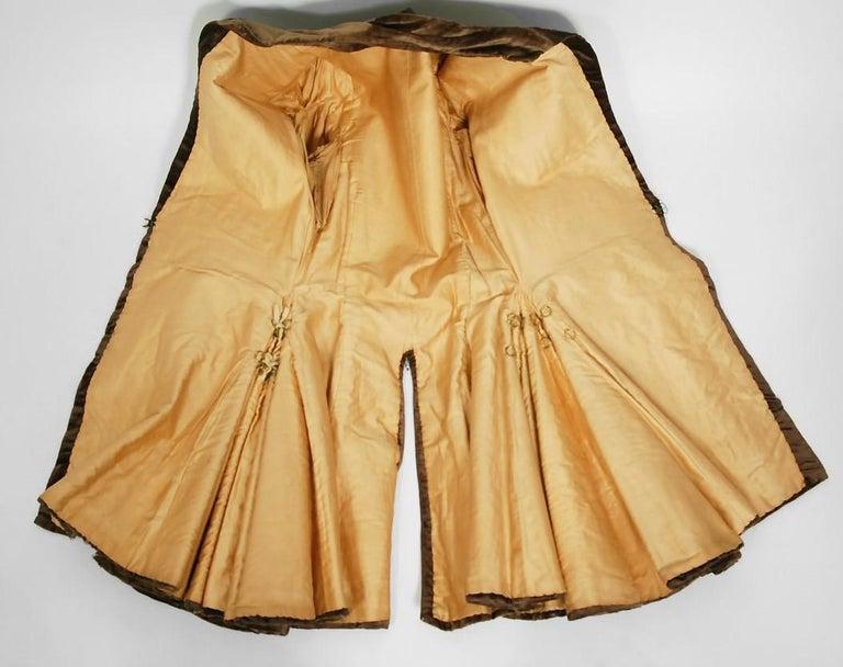 Antique 1910's Edwardian Brown Velvet & Gold Lamé Wide Cuff Theatrical Jacket  For Sale 4