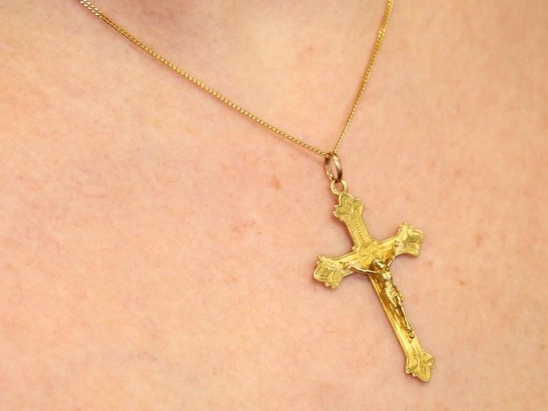 1910s French Yellow Gold 'Crucifix' Pendant 5