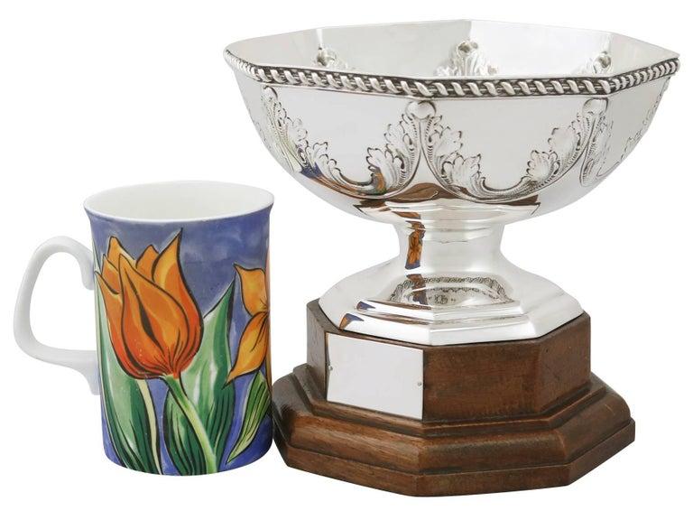 British Antique George V Sterling Silver Presentation Bowl, 1911 For Sale
