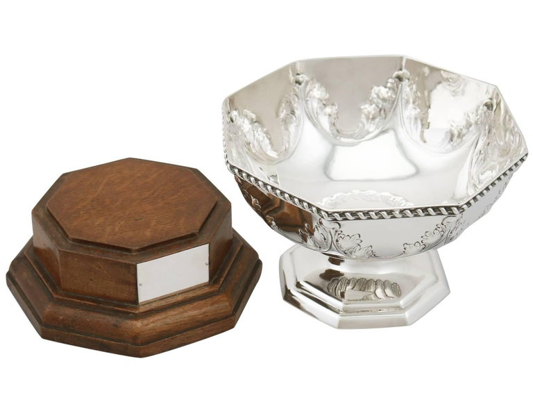 Early 20th Century Antique George V Sterling Silver Presentation Bowl, 1911 For Sale