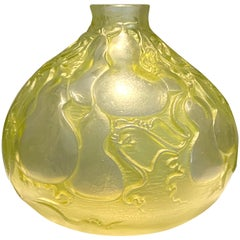 1914 René Lalique Courges Vase Frosted Glass Lime Green Patina, Gourds Design
