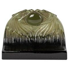 1914 René Lalique, Paperweight Deux Aigles Topaz Grey Glass Eagles