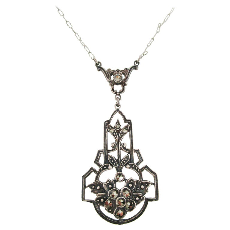 1915 Art Deco Sterling Silver Marcasite Necklace For Sale