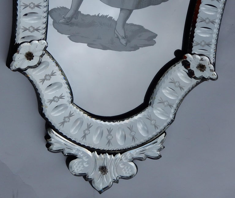 1920-1940 Pair of Mirrors with Elegant Women In Good Condition For Sale In Paris, FR