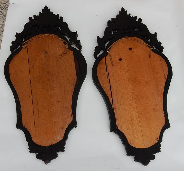 Glass 1920-1940 Pair of Mirrors with Elegant Women For Sale