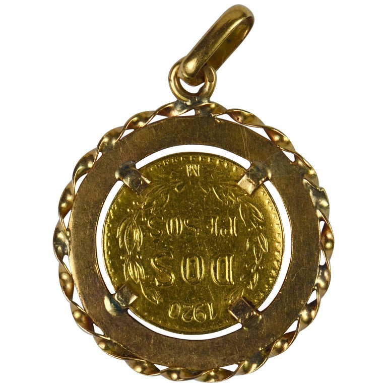 1920 Dos Pesos 'Two Peso' Mexican Yellow Gold Coin Charm Pendant For Sale