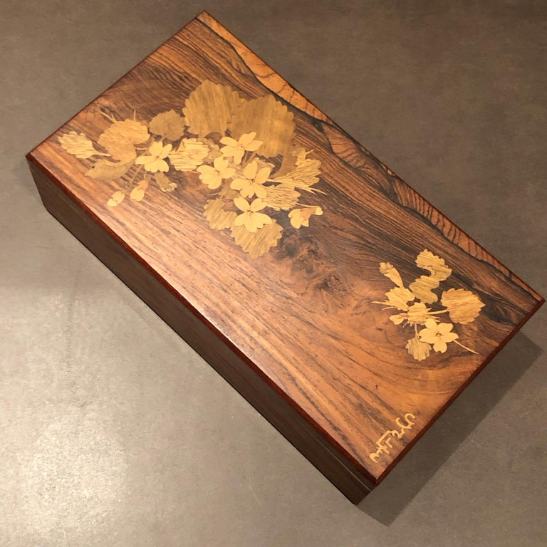 Art Deco 1920 Emile Galle Wooden Box Flowers and Leaves Marquetry Wood For Sale