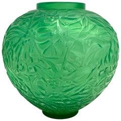 1920 René Lalique Gui Vase in Triple Cased Jade Green Glass Mistletoe
