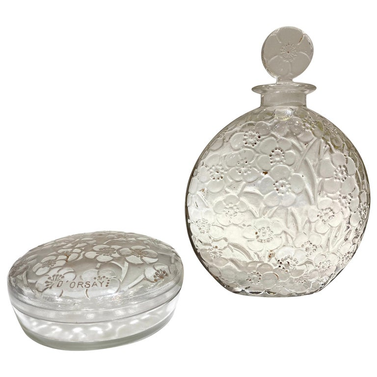 1920 René Lalique Le Lys for D'Orsay Set Perfume Bottle and Box Clear Glass For Sale