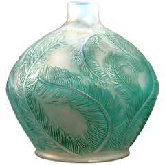 1920 René Lalique Plumes Vase in Double Cased Opalescent Glass with Green Patina