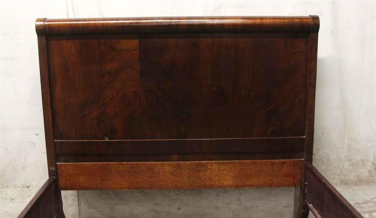 American Craftsman 1920 Solid Wood Full Sleigh Bed Frame Set with Walnut Veneer For Sale