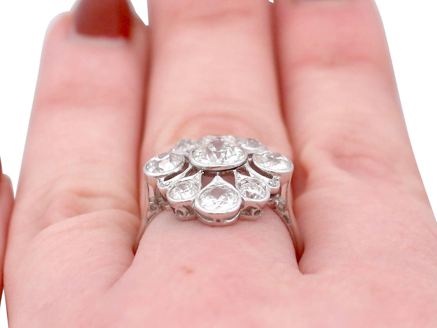 1920s 2.61 Carat Diamond and Platinum Dress Ring For Sale at 1stdibs