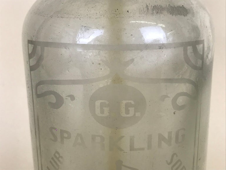 Early 20th Century 1920s American Advertising Glass Syphon Coca-Cola Acid Etched Bar Bottle Seltzer For Sale