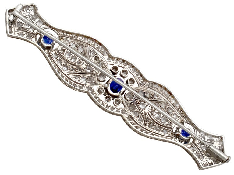 1920s Antique 2.90 Carat Sapphire and 2.98 Carat Diamond Platinum Brooch For Sale 1