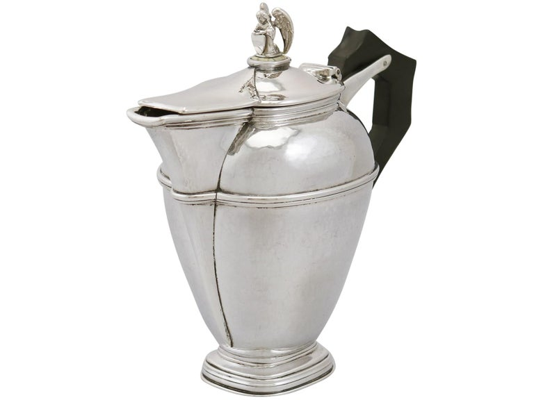1920s Antique Sterling Silver Coffee Jug In Excellent Condition For Sale In Jesmond, Newcastle Upon Tyne