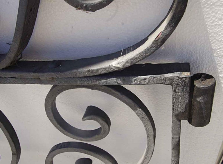 1920s Antique Wrought Iron Dual Driveway or Garden Gates In Good Condition In New York, NY
