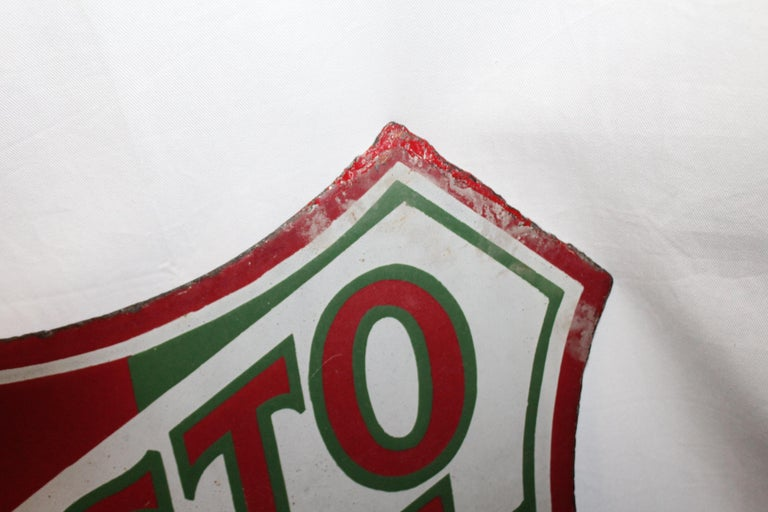 Harder to find sign. It is a product of Union Oil of California, double sided porcelain and a flange. Which is perfect to mount to any doorway or wall. Heavy-duty porcelain with great graphics. Some slight rust and patina on both sides of sign