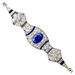 1920s Art Deco 2.59 Carat Sapphire and 1.72 Carat Diamond White Gold Bracelet