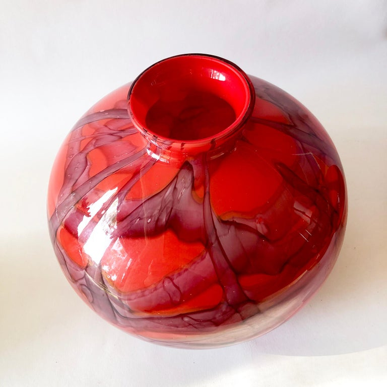 1920s Art Deco Czechoslovakian Bohemian Webbed Art Glass Ball Vase Collection In Good Condition For Sale In Pasadena, CA