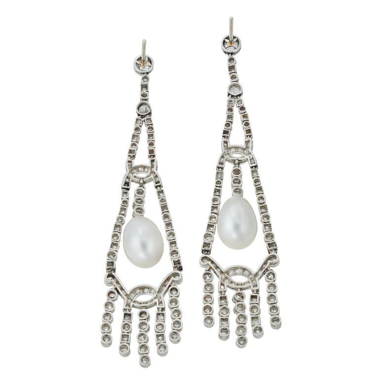 An Important Pair Of Art Deco Pearl And Diamond Earrings In Excellent Condition For Sale In London, GB
