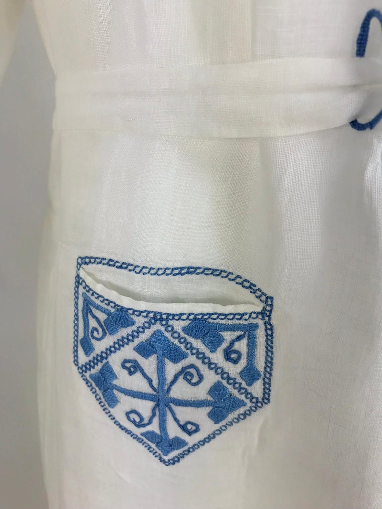 1920s Arts and Crafts Hand Embroidered Blue and White Linen Day Dress For Sale 8
