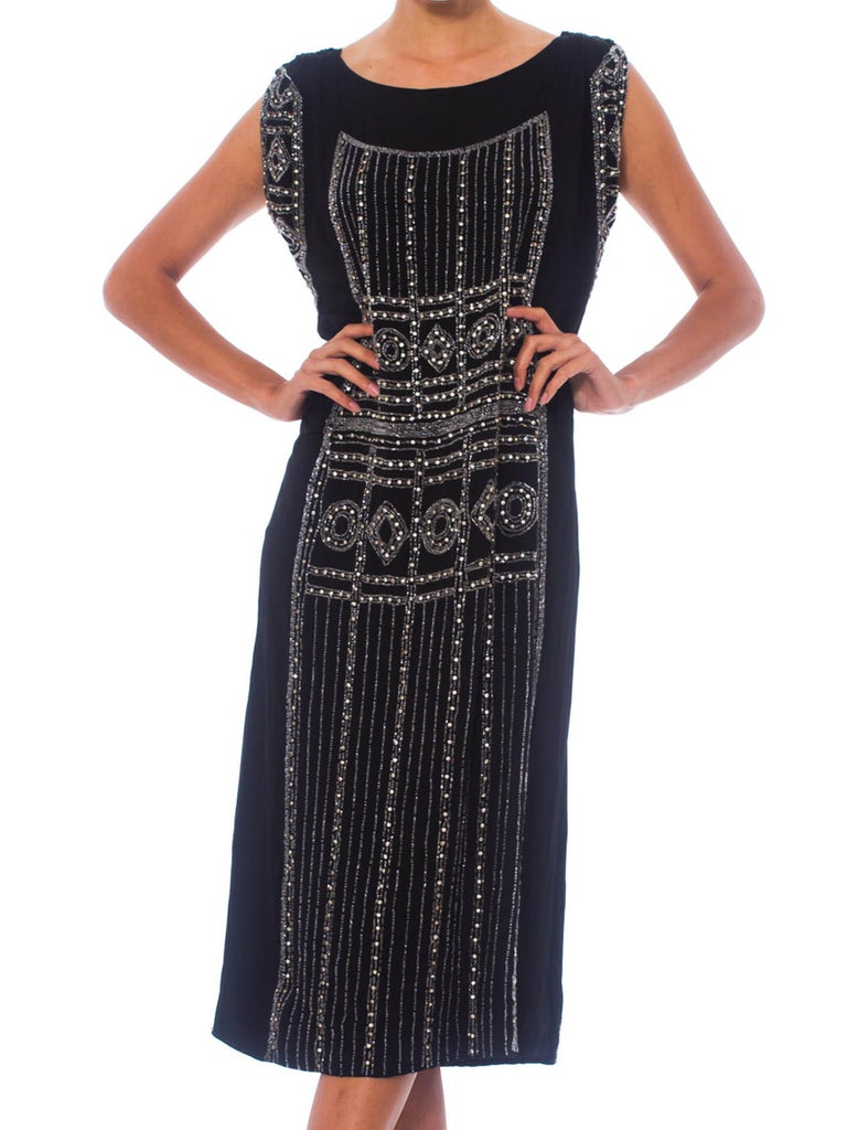1920S Black Beaded Silk Cocktail Dress With Crystals In Excellent Condition For Sale In New York, NY