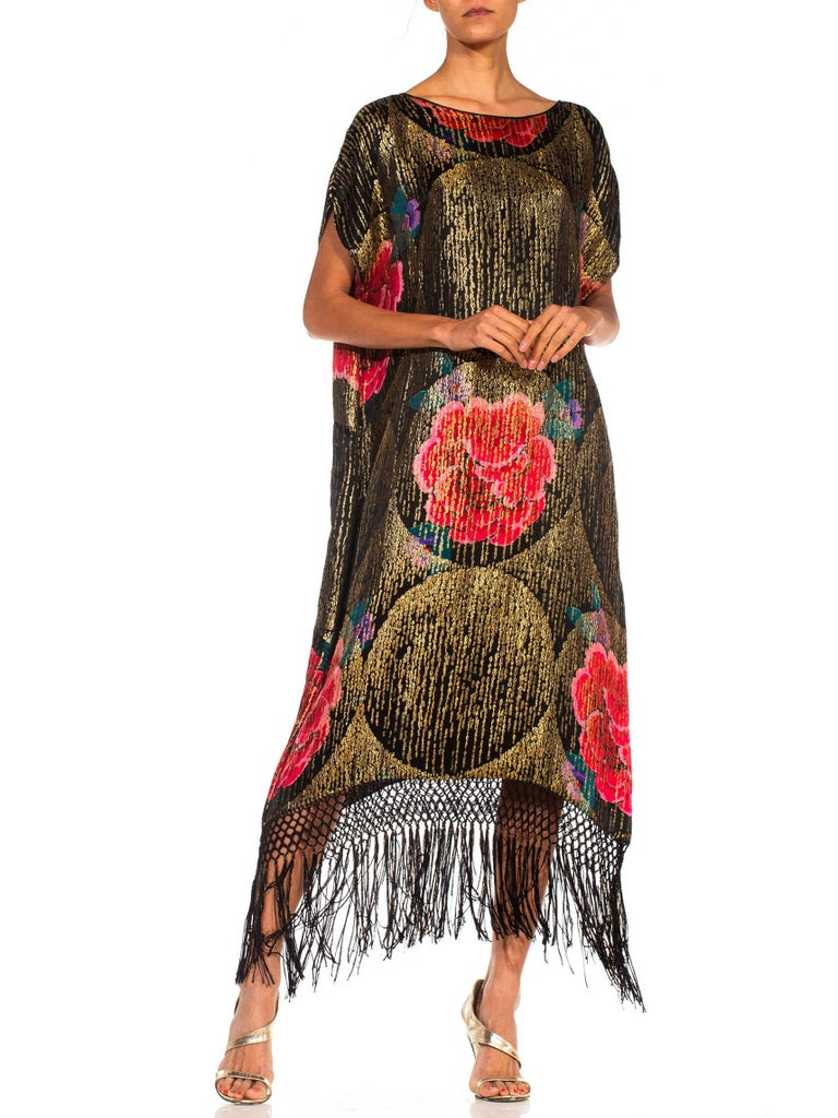 1920S Black Silk Gold Lamé Large Scale Floral Printed Cocktail Dress With Metal For Sale 1