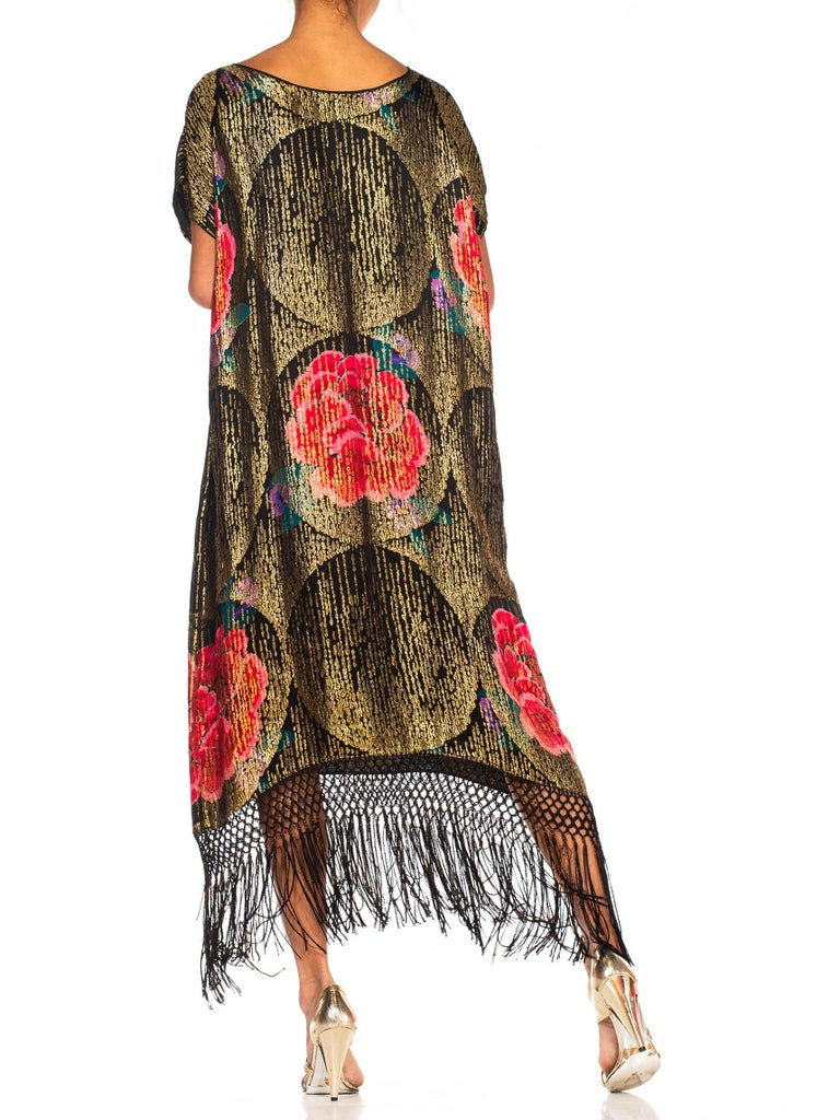 1920S Black Silk Gold Lamé Large Scale Floral Printed Cocktail Dress With Metal For Sale 3