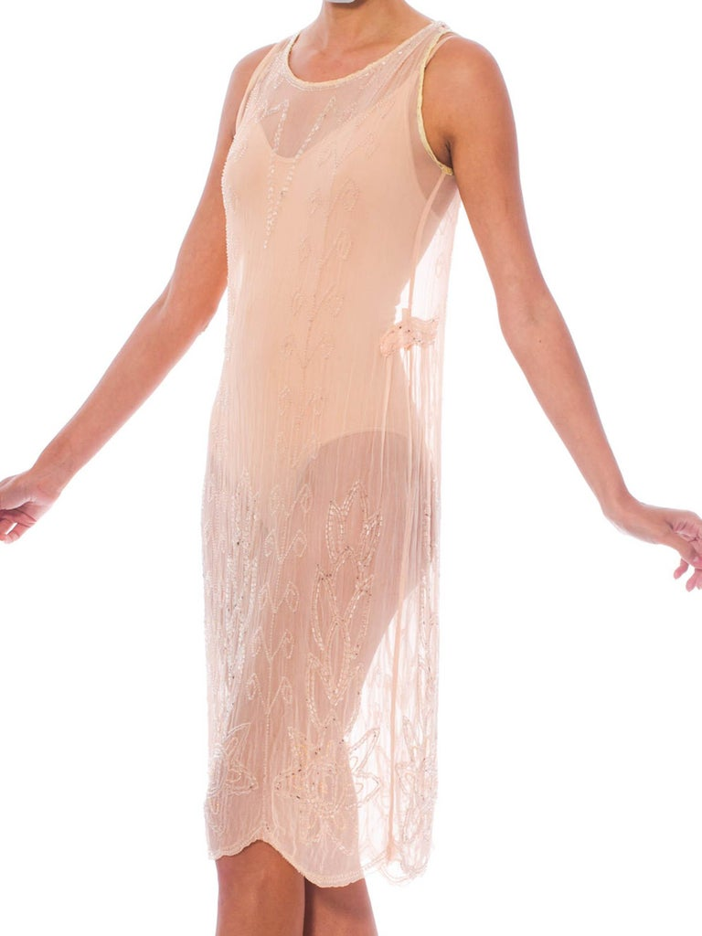 1920S Blush Pink Silk Chiffon Sheer Beaded Flapper Cocktail Dress In Excellent Condition For Sale In New York, NY