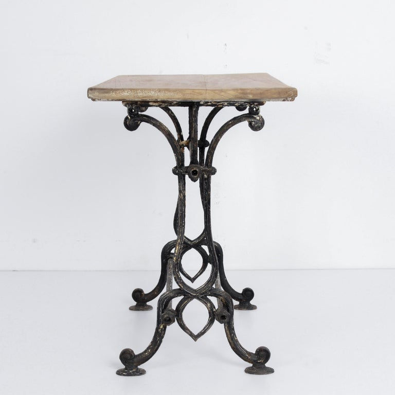 1920s Cast Iron French Bistro Table In Good Condition For Sale In High Point, NC