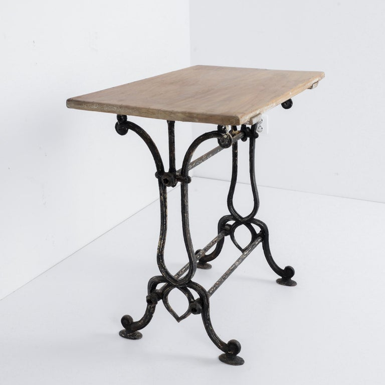 Early 20th Century 1920s Cast Iron French Bistro Table For Sale