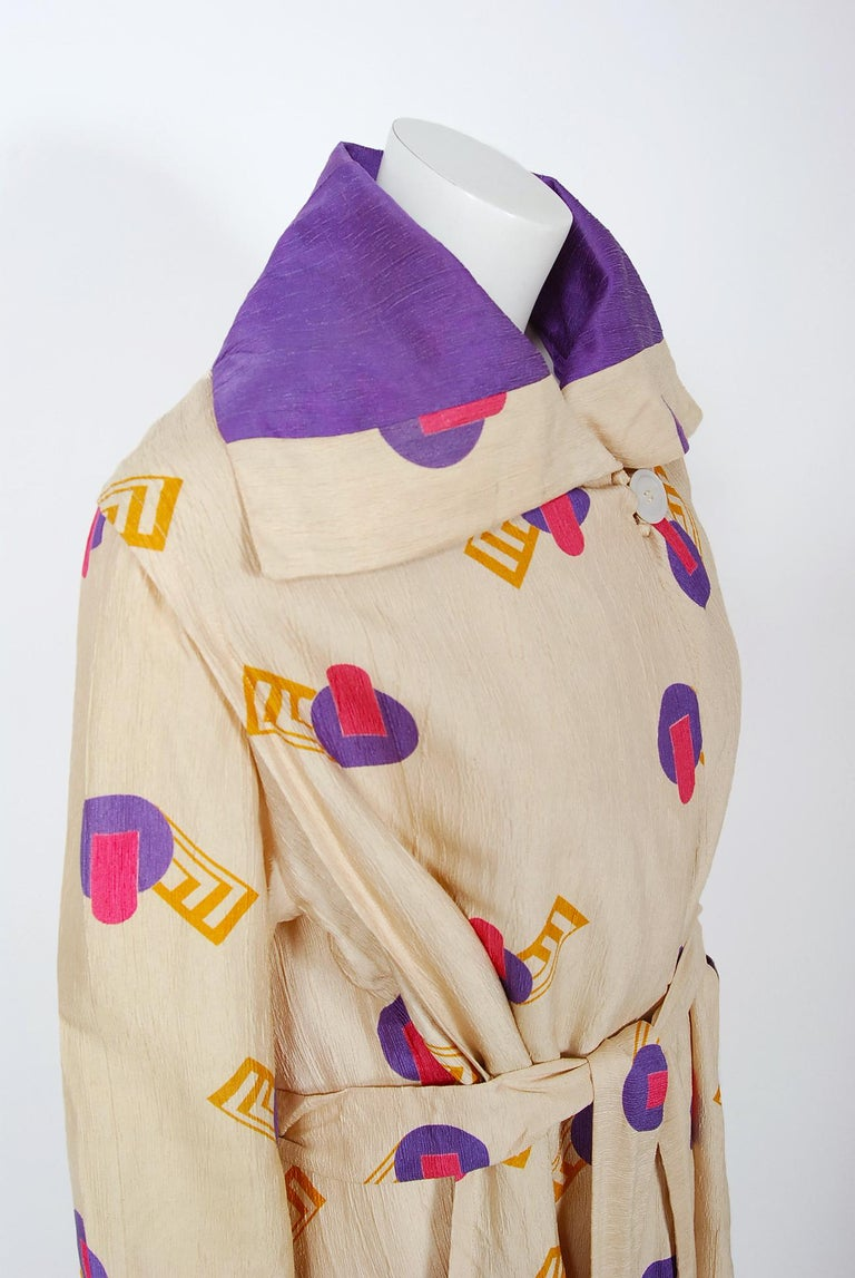 Beige 1920's Colorful Art-Deco Geometric Novelty Print Silk Belted Wrap Walking Jacket For Sale