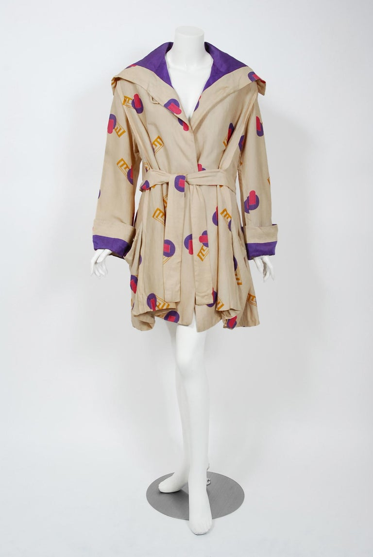 Women's 1920's Colorful Art-Deco Geometric Novelty Print Silk Belted Wrap Walking Jacket For Sale