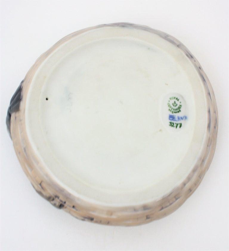 1920s Danish Original Royal Copenhagen Porcelain Lobster Bowl or Ashtray For Sale 5