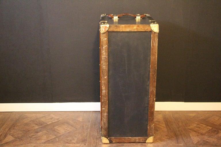 1920s Dark Blue Moynat Steamer Trunk, Moynat Trunk, Moynat Steamer Trunk For Sale 12