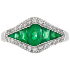1920s Emerald with Diamonds Ring