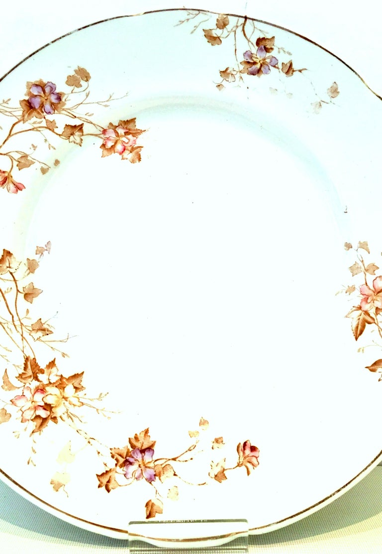 1920s English Ironstone Dinner Plates by Johnson Brothers Set of 8 In Good Condition For Sale In West Palm Beach, FL