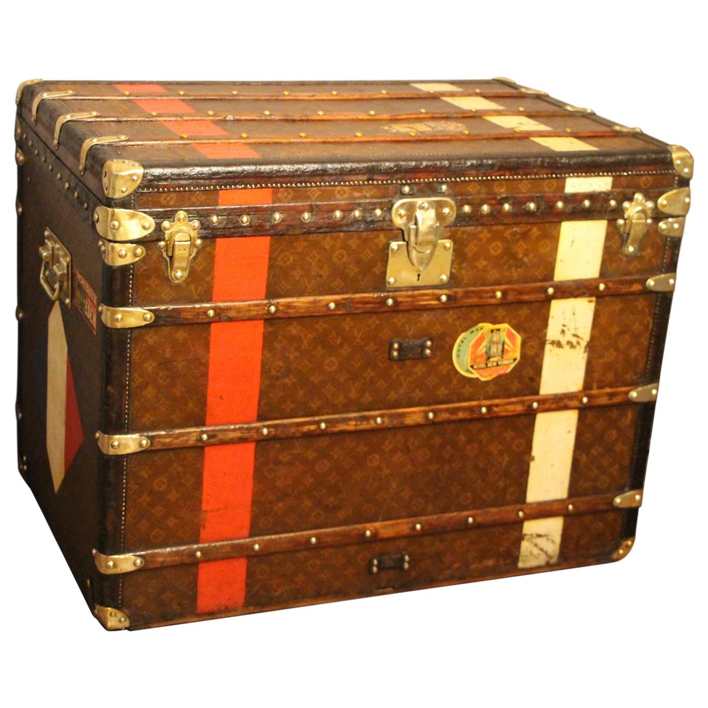 0ee1e80e2f9 Louis Vuitton Luggage Set - 250 For Sale on 1stdibs