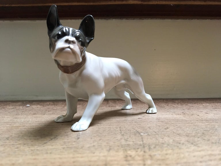 1920s French Bulldog Figurine by Rosenthal Selb Bavaria Germany, Art Deco In Good Condition For Sale In Antwerp, BE