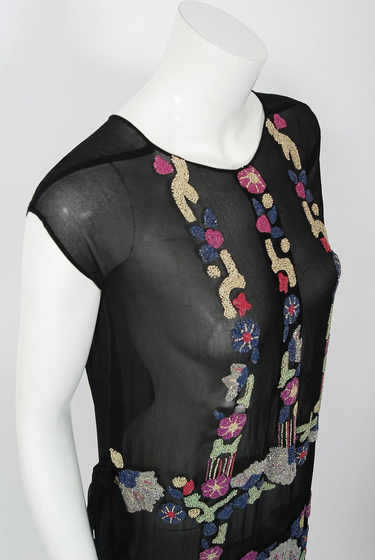 Vintage 1920's French Couture Beaded Deco Floral Silk Drop-Waist Flapper Dress In Good Condition For Sale In Beverly Hills, CA