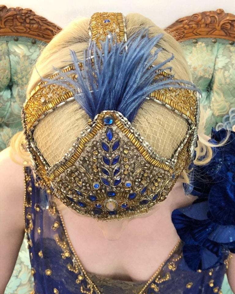 Vintage 1920's French Couture Gold Beaded Blue Jeweled Flapper Crown Headpiece  In Good Condition For Sale In Beverly Hills, CA