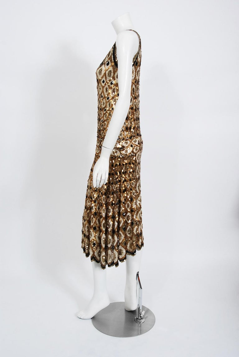 1920's French Couture Gold & Black Art-Deco Sequin Scalloped Flapper Dress  For Sale 1