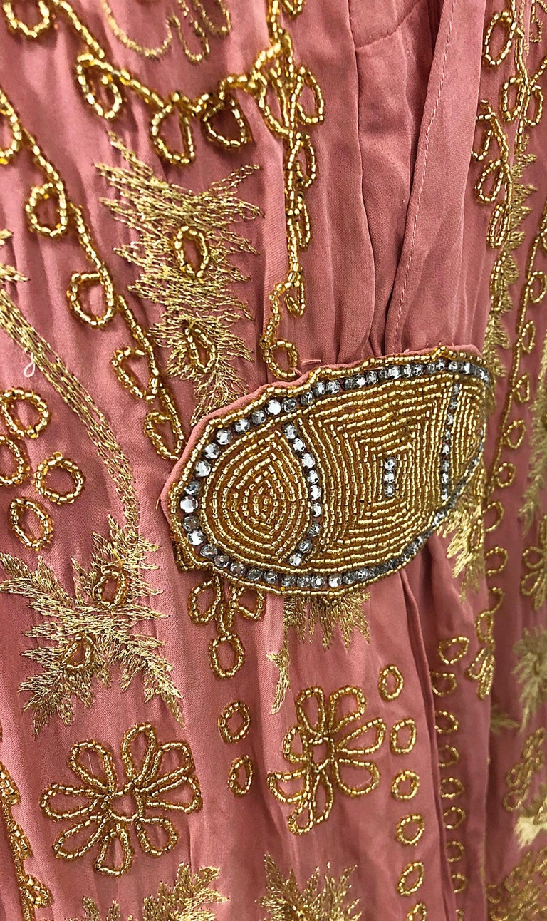 1920s French Couture Pink + Gold Beaded Gatsby Roaring 20s Vintage Flapper Dress For Sale 5