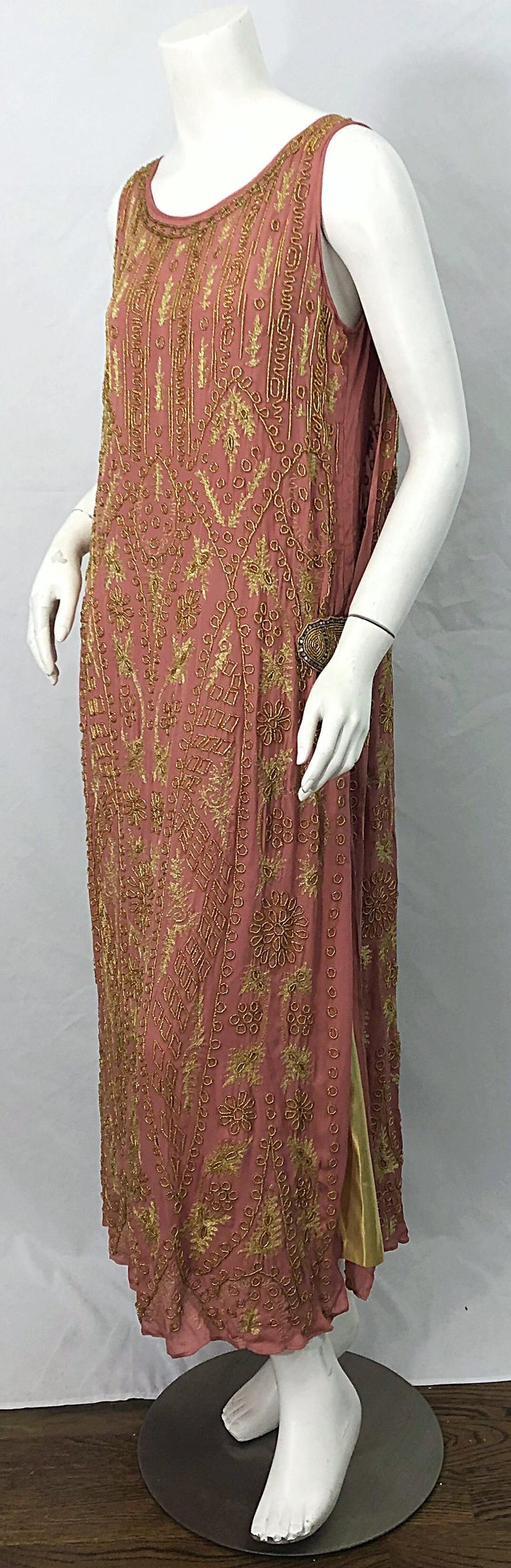 1920s French Couture Pink + Gold Beaded Gatsby Roaring 20s Vintage Flapper Dress For Sale 6