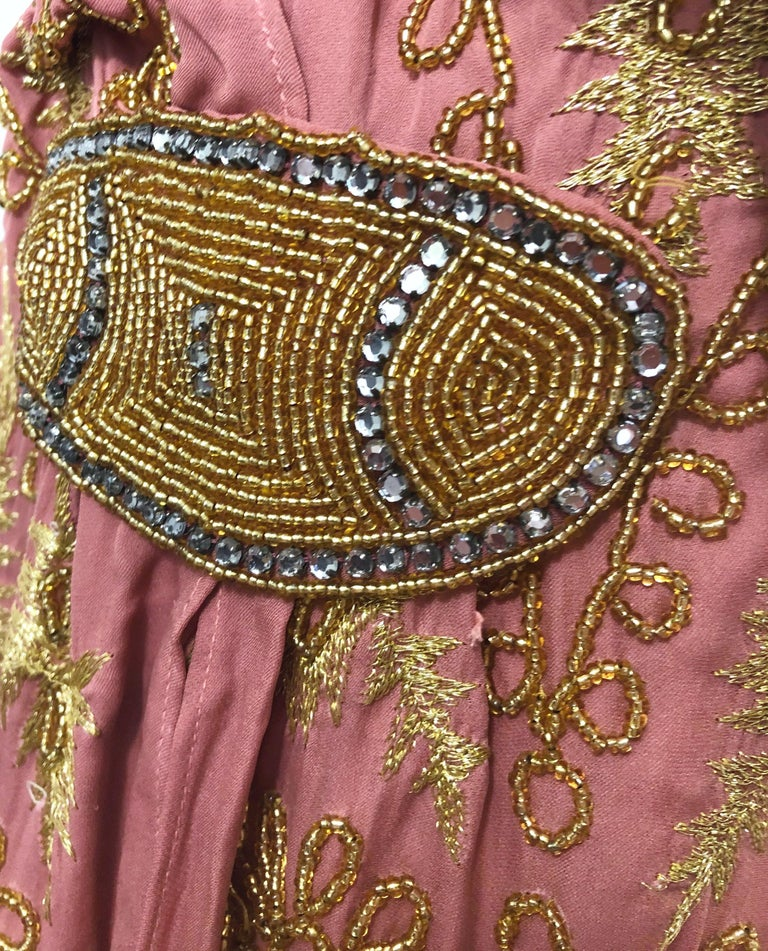 1920s French Couture Pink + Gold Beaded Gatsby Roaring 20s Vintage Flapper Dress For Sale 8
