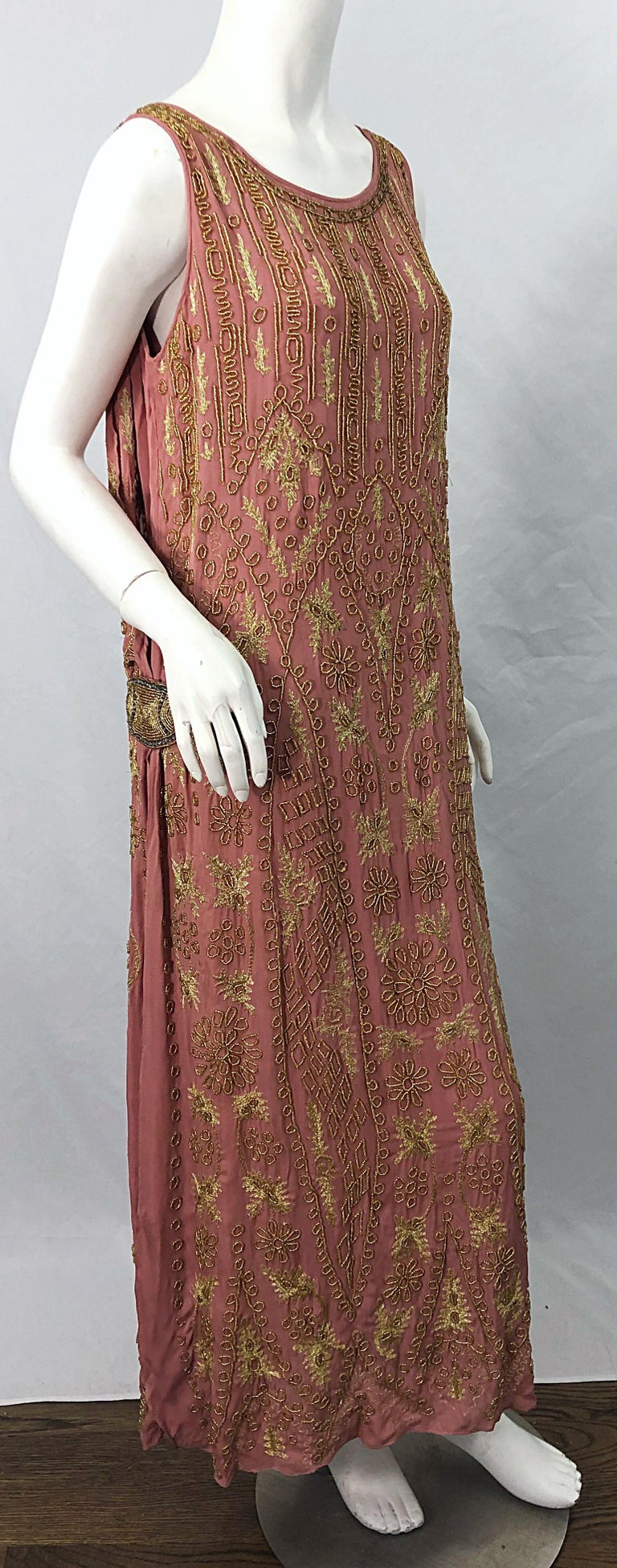 1920s French Couture Pink + Gold Beaded Gatsby Roaring 20s Vintage Flapper Dress For Sale 9