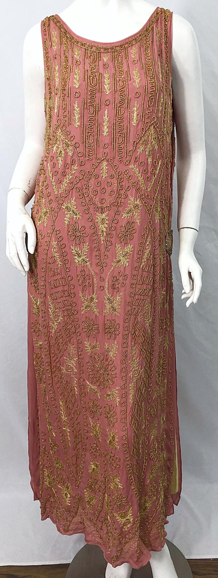 1920s French Couture Pink + Gold Beaded Gatsby Roaring 20s Vintage Flapper Dress For Sale 11