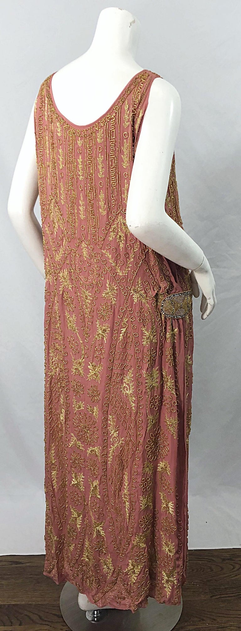 1920s French Couture Pink + Gold Beaded Gatsby Roaring 20s Vintage Flapper Dress For Sale 2