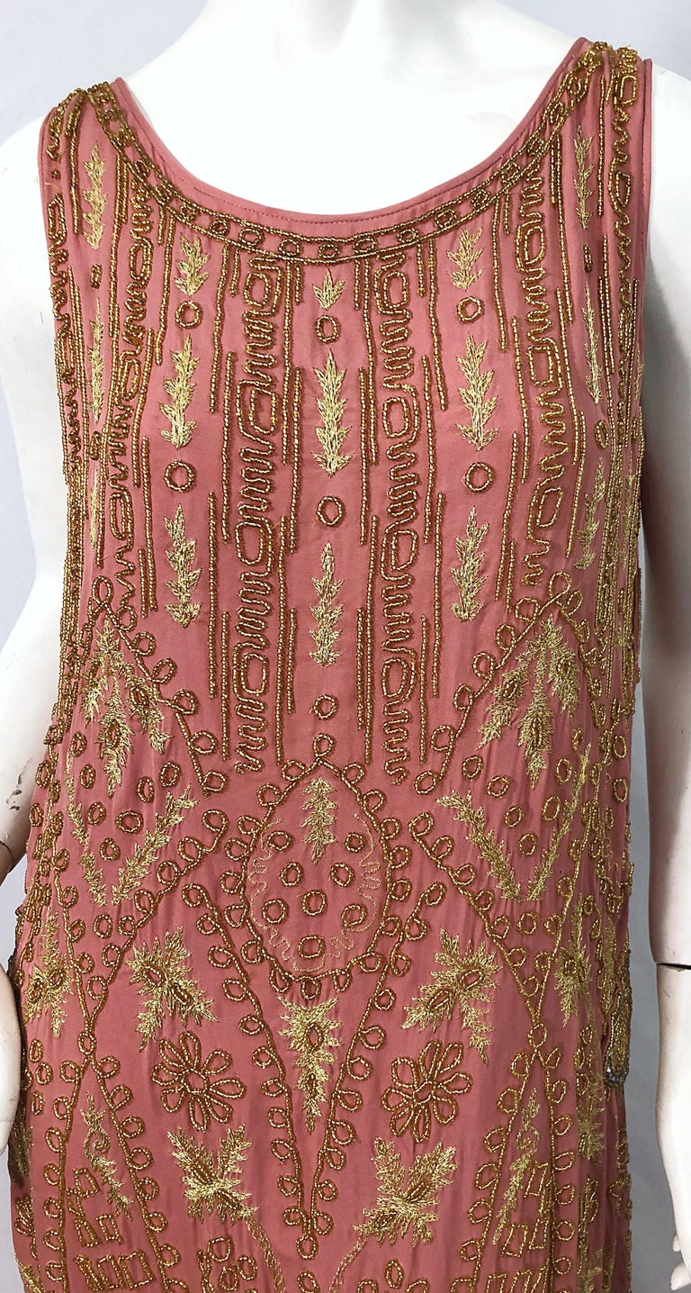 1920s French Couture Pink + Gold Beaded Gatsby Roaring 20s Vintage Flapper Dress For Sale 3